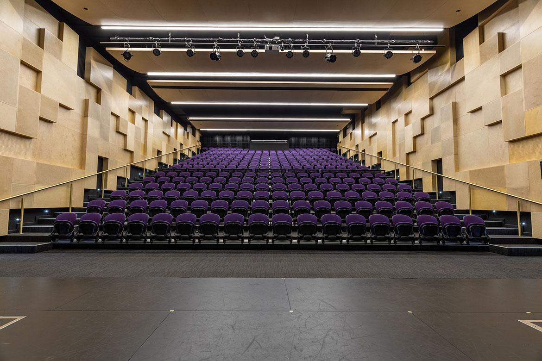 Retractable Seating at Keysborough College